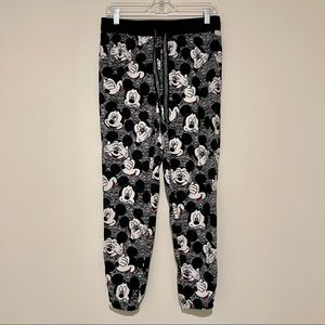 NWOT Disney Mickey Mouse Thin Velour Pajamas Small